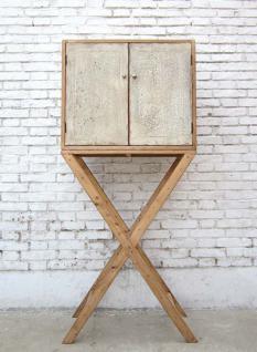 China Unikat Hochschrank auf Stativ modern art in hellem Pinienholz - Vorschau