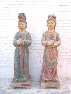 Frauen Paar Figuren große Skulpturen fein bemalte Pappel China 1930 von Luxury Park