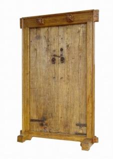 Vollholztür aus China im traditionellen Stil mit metallenen Elementen - Vorschau