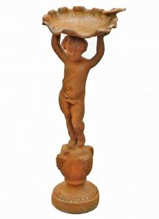 Statue Putte auf Sockel Vogeltränke Gußeisen antikbraun Barock