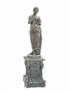 Skulptur Halbakt Statue auf Podest bleifarben Gusseisen Antikoptik