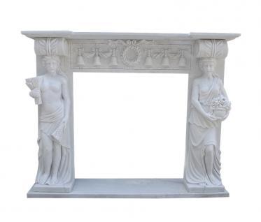 Marmorkamin weiß Kaminfassade Motiv antikes Paar Karyathiden Kamine pastoraler Stil
