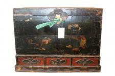 China 1900 koloniale Hochzeitstruhe mit Sockel feine alte Malerei
