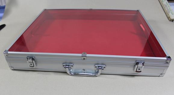 Sammelvitrine Koffer Maxi Innen ROT