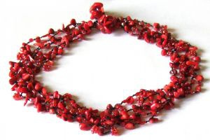 RED FAIRYSTEPS-Korallen Perlen 5-stufiges rotes Collier