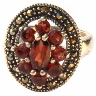 Ring 9x roter Granat 16x Markasit Silber Blume
