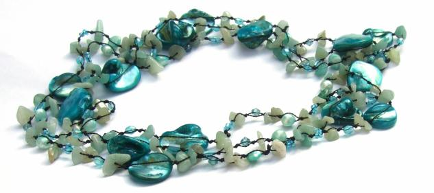 LIGHT BLUE MERMAID -Aquamarin Perle Perlmutt Kette 159cm geknot