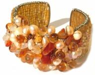 Armspange 30x orangener Karneol 20x Perlen auf Silber breit verstellbar