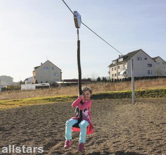 Huck Seilbahn zum Eingraben Spielplatzanlage Rutschbahn