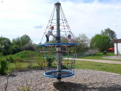 Hally-Gally Spogg Turmkreisel Karussell Seilklettergerüst Drehturm Vogelnest Huck