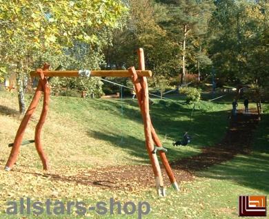 Seilbahn mit rustikaler Startstation und Endstation Standpfosten aus Robinienholz mit Podest, Kindergarten