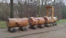 Allstars Spielplatz-Eisenbahn Kletterturm Robinie Maxi