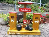 allstars Tankstelle Holztankstelle Zapfsäule Massivholz Spieltankstelle