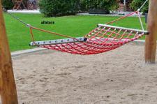 Beckmann Hängematte Seilhängematte PP-Tau Holzbügel Spielplatz rot