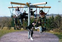 Hally-Gally Karussell Kinder-Rallye Seilklettergerüst Kreisel Kletterkarussell Drehkarussell Seilgerüst Drehkreisel Spielplatzanlage