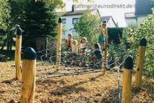 Huck Kletterturm Spinnennetz Steindorf Spielturm Kletternetz Eichen-Holzpfosten