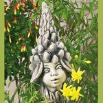 Blumenkind Lupine Gartenfigur Zauberblume