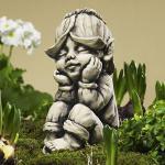 Blütentroll Goldlack Gartenfigur Betonguss von Zauberblume