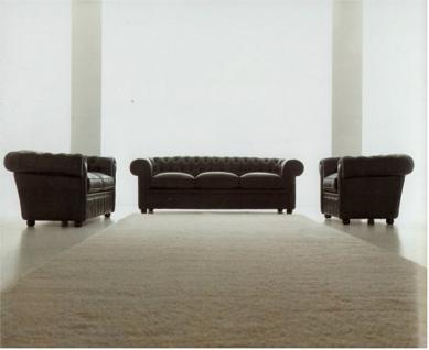 Chesterfield 1- / 2- und 3-Sitzer Farbe L01 schwarz Modell YS-2008 mit aufgelegten Kissen
