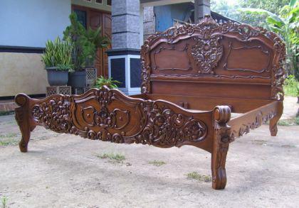 Wunderschönes Rococo Bett Mahagoni - gerade eingetroffen, sofort lieferbar - Vorschau