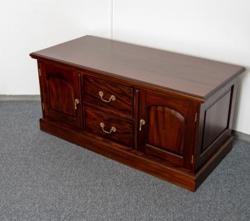 tv schrank buffet sideboard massiv mahagoni kaufen bei manfred kiep einzelhandel. Black Bedroom Furniture Sets. Home Design Ideas