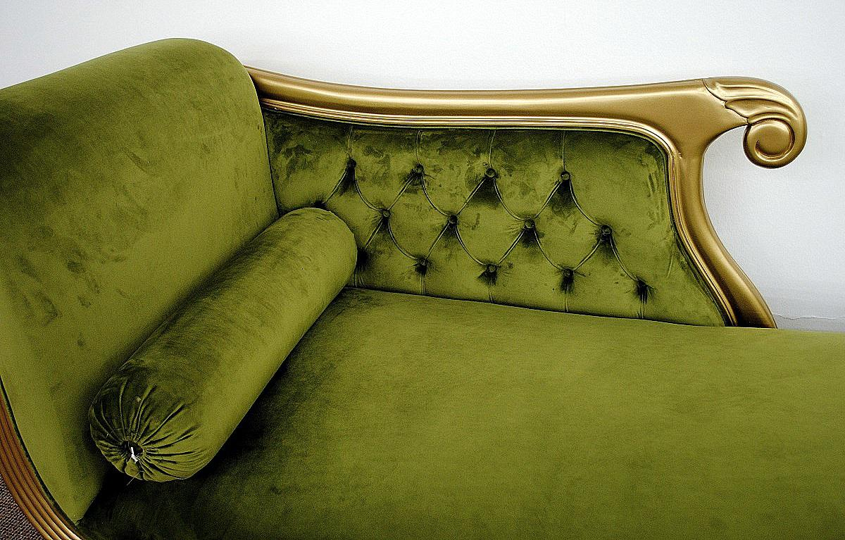 edle couch recamiere ottomane im antikdesign mahagoni gold samt gr n kaufen bei manfred kiep. Black Bedroom Furniture Sets. Home Design Ideas
