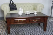 Tisch Couchtisch TV-Tisch Mahagoni Kolonialstil Farbe brown Walnuss