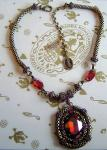 KONPLOTT Kette / Collier Eye of the Cobra red antique bronce