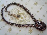 KONPLOTT Kette / Collier Las Vegas beige crystal / antique bronce