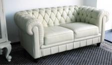 Chesterfield 2- Sitzer Farbe L13 creme Modell YS-2008 feinstes Leder