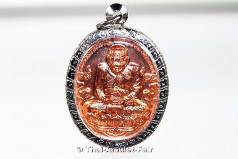 Geweihtes Thai Amulett Luang Phu Thuad - Die letzte Sonderserie seiner Heiligkeit Somdej Phra Sangkarat dem 19. Supreme Patriarchen von Thailand. Herausgegeben anlässlich seines 100. Geburtstages, nur 21 Tage später verging er.