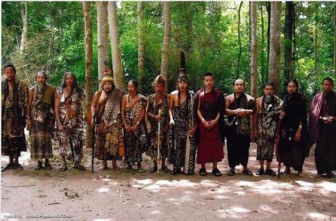 Magisches Liebesöl Thai Amulett Nam Man Itathi Sitthi speziell nur für Lesben vom ehrwürdigen Lüssi Phuttha Weth Khemma Thewo, Arsom Baramee Phu Chao in Chiang Mai, Nordthailand. - Vorschau 4