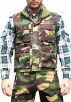 Jagdweste Weste Textilien in der Farbe Militär mit Hirsch Stickerei