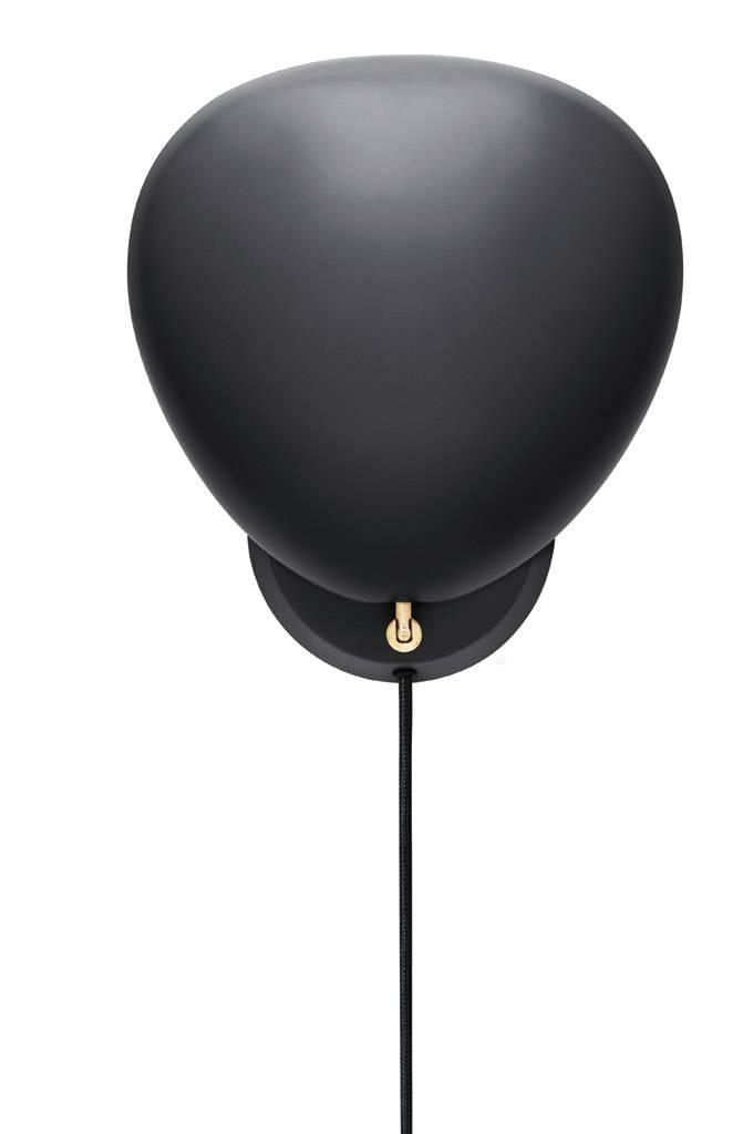 gubi cobra wandleuchte mit kabel schwarz. Black Bedroom Furniture Sets. Home Design Ideas