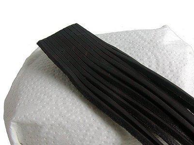 10 Stück Vierkant Lederriemen Rindleder schwarz am Bund, Voll-Leder, Länge 200 cm, Stärke ca. 2, 8 mm, Breite ca. 2, 8 mm
