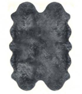 Fellteppiche grau gefärbt aus 4 Lammfellen, Größe ca. 185 x 125 cm, 30 Grad waschbar