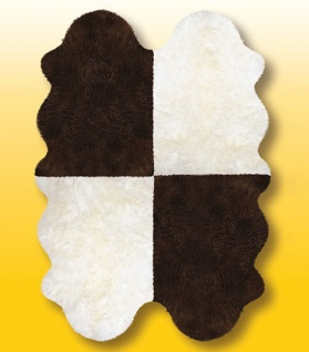 Fellteppiche naturweiß-braun aus 4 Lammfellen, Größe ca. 185 x 125 cm, 30 Gra...