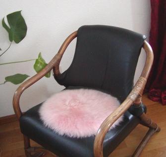 runde Sitzauflage aus australischen Lammfellen, Fellkissen rosa, Ø ca. 45 cm,...
