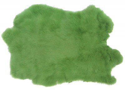 Kaninchenfelle hellgrün gefärbt, ca. 30x30 cm, Felle vom Kaninchen mit seidigem Haar
