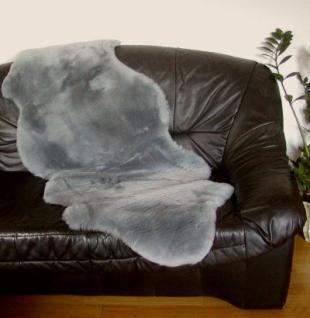 australische Doppel Lammfelle aus 1, 5 Fellen dunkelgrau gefärbt geschoren, voll waschbar, ca. 160 cm