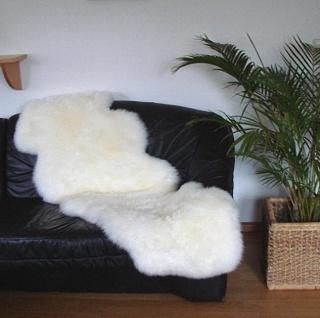 australische Doppel Lammfelle aus 2 Fellen naturweiß, voll waschbar, ca. 175x...