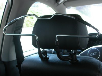 rutschfester Metall KFZ Auto Reise Kleider Bügel für Kopfstützen 45 cm breit, knitterfreie Kleidung - Vorschau 2
