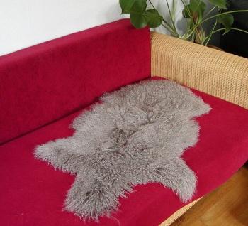 wuschelige Tibetlammfelle taupe gefärbt, Haarlänge ca. 13 cm, fein gelocktes ...
