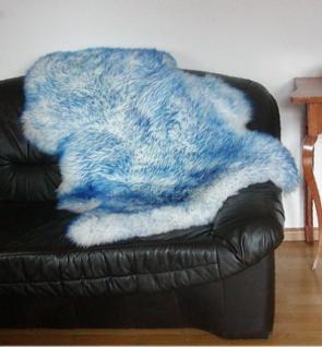 Natur Lammfell weiß mit hellblauen Spitzen, ökologische Gerbung mit Alaun, pflanzlich gebleicht, waschbar, ca. 115 cm