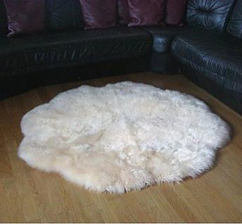 Fellteppiche beige gefärbt rund, Ø ca. 140 cm, 30 Grad waschbar, Haarlänge ca. 70 mm