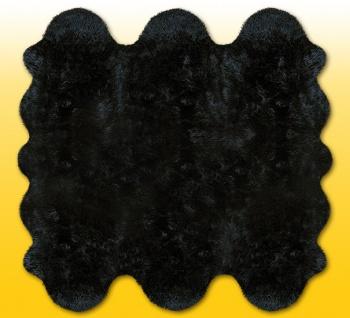 Fellteppiche schwarz gefärbt aus 6 Lammfellen, Größe ca. 185 x 180 cm, 30 Gra...