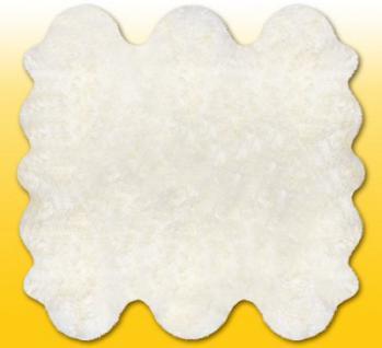 Fellteppiche naturweiß aus 6 Lammfellen, Größe ca. 185 x 180 cm, 30 Grad waschbar