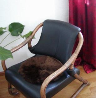 runde Sitzauflage aus australischen Lammfellen, Fellkissen braun, Ø ca. 45 cm, waschbar, Haarlänge ca. 70 mm