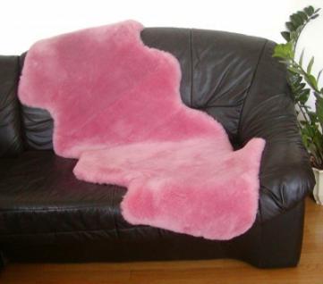 australische Doppel Lammfelle aus 1, 5 Fellen rosa gefärbt geschoren, voll waschbar, ca. 160 cm