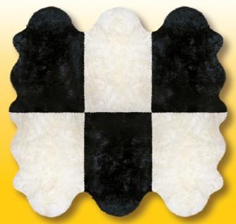 Fellteppiche naturweiß-schwarz aus 6 Lammfellen, Größe ca. 185 x 180 cm, 30 G...
